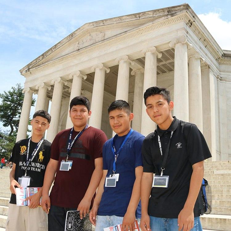 kids at Jefferson memorial