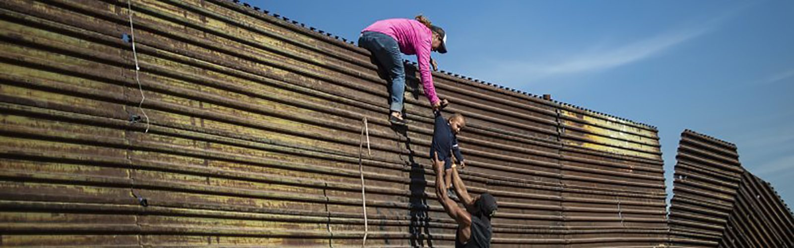 Boarder Wall US Mexico Illegal Immigrants