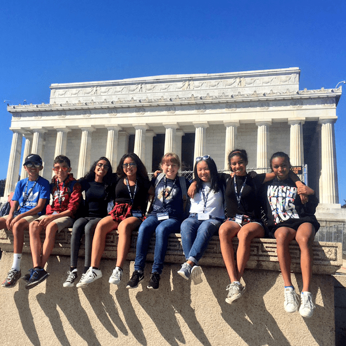 Students Lincoln Memorial